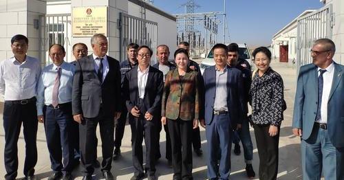 陕西省委副书记贺荣来塔吉克斯坦丹加拉变电站检查党建工作